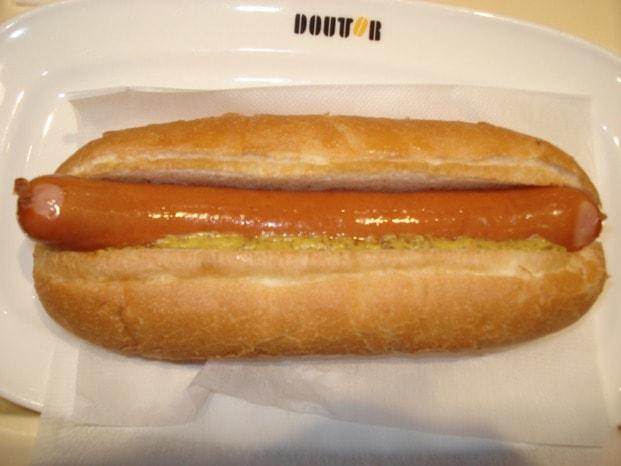 s_w621_doutor-german-hotdog1-min
