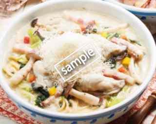 雪山チーズの牡蠣クリームスープ 1130円