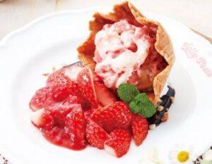 あふれる苺のアイスクランブル