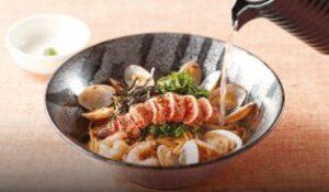 お出汁で食べる炙りタラコとアサリの和風スパゲッティ