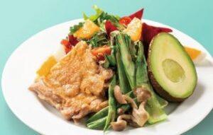 グリルチキンと焼き野菜のパワーサラダ