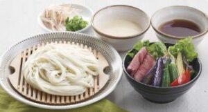 秋田無限堂の稲庭うどん ローストビーフと野菜 2種のつけ汁添え
